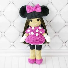 This crochet doll in Minnie Mouse costume is a dream come true for any young Minnie fan. Your little one will want to take her along on each and every journey to a magic dreamland. Let's make the doll together! Follow our step-by-step doll crochet pattern!