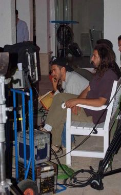 Writer, artist and filmmaker David De Bartolome on set with cinematographer Iván Rodríguez.