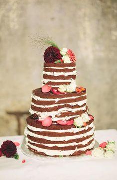 autumn-wedding-pinterest-autumn-pinterest- Found on rockmyweddingcouk Vegan Wedding Cake, Wedding Sweets, Wedding Cake Designs, Wedding Cake Toppers, Amazing Wedding Cakes, Wedding Cake Inspiration, Wedding Ideas, Wedding Pinterest, Autumn Wedding