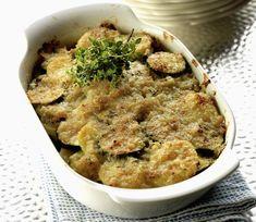 Cukkinis rakott krumpli Recept képpel - Mindmegette.hu - Receptek Apple Pie, Hummus, Risotto, Lunch, Chicken, Ethnic Recipes, Desserts, Food, Minden