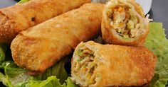 Ever wonder how to make egg rolls? This recipe can be made with or without the pork if you are vegetarian. If you want it without meat, then just add another cup of grated vegetables. Egg Rolls Recipe from Grandmothers Kitchen. Chicken Egg Rolls, Chicken Eggs, Pork Egg Rolls, Shrimp Egg Rolls, Chicken Wontons, Crispy Chicken, Fried Chicken, Comida Filipina, Homemade Egg Rolls