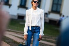 WHO: Helena Bordon WHAT: Levis jeans, Tods bag WHERE: Milan, Italy WHEN: Spring-Summer 2016
