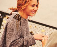 Miley Cyrus in Forever 21