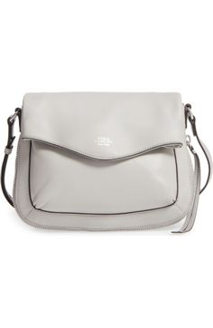 VINCE CAMUTO VINCE CAMUTO DAFNI LEATHER CROSSBODY - GREY. #vincecamuto #bags #shoulder bags #leather #crossbody #