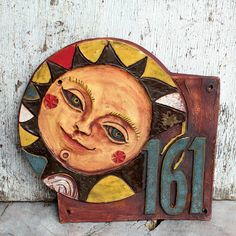 Fantastic Photographs House Numbers ideas Suggestions Home owners don't always look at the house numbers visibility. In addition to just how many recognize that hou. Ceramic Wall Art, Mac Pc, Sticks And Stones, Air Dry Clay, House Numbers, Carving, Artwork, Projects, Handmade