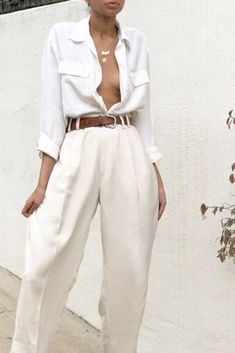 Vintage silk cream menswear style trousers Size 30 waist- looks amazing belted on smaller frame Look Fashion, 90s Fashion, Fashion Outfits, Couture Fashion, Runway Fashion, Fashion Ideas, Fashion Trends, Summer Outfits, Casual Outfits