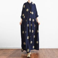navy summer linen maxi dress vintage oversize baggy dresses print casual caftansThis unique deisgn deserves the best quality texture. The fabric of this article is soft, comfortable and breathy.Flattering cut. Makes you look slimmer and matches easlily with jeans, leggings stylish pants or skirts. Measurement: One size fits all for this item. Please make sure your size doesn't exceed this size: 4XL/BUST-125cm      length 128cm / 49.92