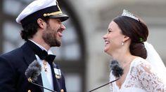 Das geh�rt sich aber nicht, Carl Philip! Der Prinz streckte seiner Braut Sofia ganz frech die Zunge raus. Sie nahm es mit Humor.