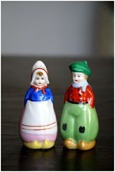 Vintage Dutch Boy & Girl Salt and Pepper shakers by Noritake 1920s
