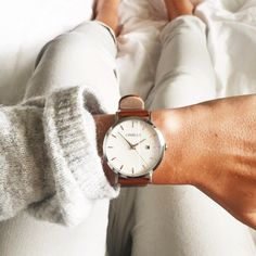 Simple & Elegant ✖️ Brown & Silver model - || Shop yours: www.charlizewatches.com || Free Worldwide shipping || #charlizewatches
