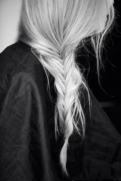 loose side plait.
