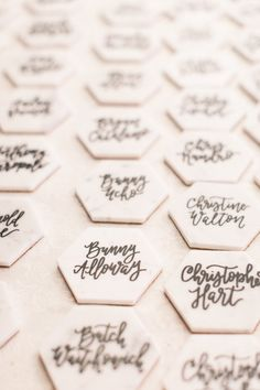 hexagon coaster place cards | Photography: Amy Rizzuto