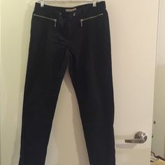 Michael Kors ankle-length, straight leg pants These pants look fantastic on- with white shirt!  Too big now- worn just 2 or 3 times. Michael Kors Pants Ankle & Cropped