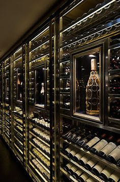 Favorites for Friday – Four Years Later Turn your basement into a wine cellar!Turn your basement into a wine cellar! Cave A Vin Design, Home Wine Cellars, Wine Cellar Design, Wine Cellar Modern, Bad Inspiration, Kitchen Inspiration, Wine Display, Wine Wall, Wine Cabinets