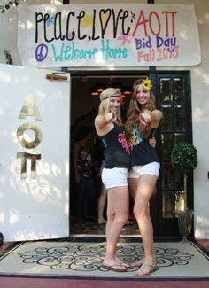 Peace, Love, and Alpha Omicron Pi #AlphaOmicronPi #AOII #BidDay #sorority #SJSU