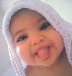 Five Tips that May Limit the Wash Day Stress for Your Toddler - Baby's - So Cute Baby, Lil Baby, Baby Kind, Pretty Baby, Little Babies, Cute Kids, Little Ones, Cute Babies, Cutest Mixed Babies