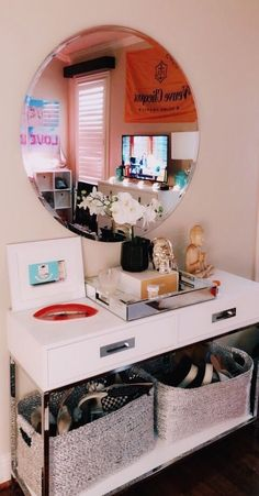 Easy Bedroom Decor Ideas for Teen Girls - Photo Wall Ideas Cute Bedroom Ideas, Cute Room Decor, Room Ideas Bedroom, Bedroom Decor, Bedroom Inspo, Aesthetic Room Decor, Dream Rooms, Cool Rooms, My New Room