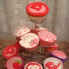 Cupcakes for my little girls birthday: 17 years tomorrow