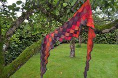 Ravelry: Entrelac shawl pattern by Catarina R