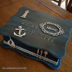 Porta-talher para a casa de praia.  #ArteMadeiraJoinville  #AGenteAdoraCompartilhar Antique Mailbox, Old Models, Wood Boxes, Nautical Theme, Painting On Wood, Diy And Crafts, Decorative Boxes, Creations, Instagram Posts