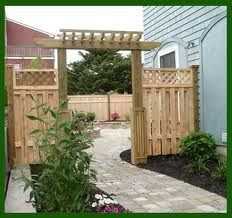 fence idea for side yard
