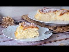 PASTEL DE YOGUR ¡Suave y ligero! - YouTube Sweet Recipes, Cake Recipes, Dessert Recipes, Yougurt Recipe, Gluten Free Desserts, Delicious Desserts, Tortas Low Carb, Yogurt Cake, Just Cakes