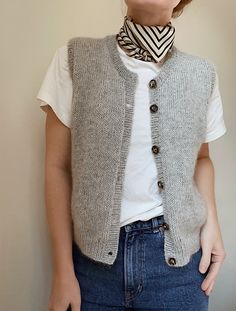 Ravelry: Vest No. 4 pattern by My Favourite Things Knit Vest Pattern, Sweater Knitting Patterns, Hand Knitting, Handgestrickte Pullover, Mode Chic, Hand Knitted Sweaters, Tomboy Outfits, Knitwear, Knit Crochet
