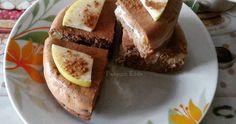 Ingredienti:   20 gr di farina di avena;   30 gr di farina alla quinoa ( Prozis );   90 ml di albume;   40 gr di yogurt greco;   100 gr di ...