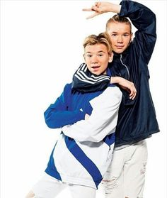 Marcus and martinus Twin Boys, Twin Brothers, My Boys, M Photos, Cute Photos, Marcus Y Martinus, Bars And Melody, Ace Family, Insta Pictures