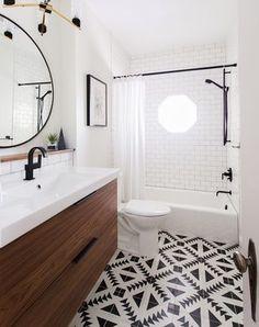 Modern Bathroom Inspiration + a Renovation Update Modern black and white bathroom Bathroom Renos, Laundry In Bathroom, Bathroom Renovations, Bathroom Vanities, Wood Bathroom, Remodel Bathroom, Bathroom Black, Bathroom Flooring, Home Renovation