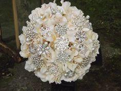Hydrangea Classic Brooch Bouquet