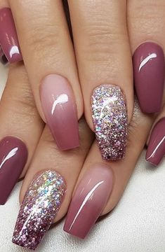 25 Glam Ideas For Ombre Nails. It is possible to use almost all your favourite colors to create your own ombre nail design. : 25 Glam Ideas For Ombre Nails. It is possible to use almost all your favourite colors to create your own ombre nail design. Nail Design Glitter, Ombre Nail Designs, Glitter Nails, Gel Nails, Coffin Nails, Nails Design, Fall Toe Nail Designs, Ombre Nail Art, Maroon Nail Designs