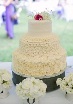 Wedding cake idea; Featured Photographer: Abigail Malone Photography