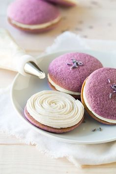 Lavender Whoopie Pies with Vanilla Bean Frosting.  http://www.annabelchaffer.com/categories/Dining-Accessories/:
