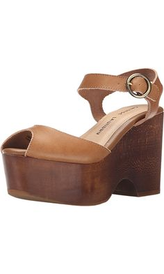 Chinese Laundry Women's Cara Vegetable Le Wedge Sandal, Cognac, 7 M US Best Price