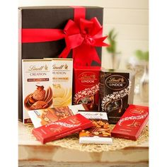 Lindt Chocolate Deluxe Hamper with an assortment of Lindt chocolates including balls, slabs and mousse. Lindt Chocolate, Best Chocolate, Chocolate Lovers, Gift Hampers, Gift Baskets, Wow Free, Home Design 2017, Chocolate Hampers, Send Flowers