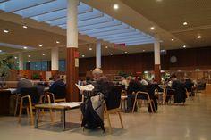 Sala de lectura de la Biblioteca Torrente Ballester