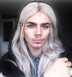 [So good looking with gorgeous hair. Hate the piercings, heh models. Nils Kuiper, Beautiful Men, Beautiful People, Gorgeous Hair, Lgbt, Looks Style, Drawing People, Cute Hairstyles, Pretty Boys