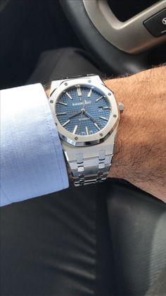 Best Looking Watches, Best Watches For Men, Luxury Watches For Men, Cool Watches, Audemars Piguet Watches, Audemars Piguet Royal Oak, Watch Brands, Sport Watches, Fashion Watches