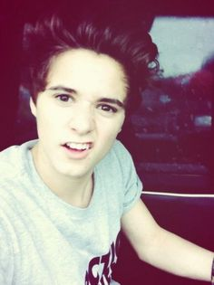 The Vamps Bradley Simpson | The Vamps' Bradley Simpson's Best Selfie Pictures