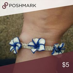 Bracelet /Anklet Navy Blue and White 3 flower hemp Bracelet /Anklet! Adjustable via a slipknot. See 2nd picture. Jewelry Bracelets