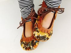 Vintage Floral Flats by MommyMakesMoccs on Etsy