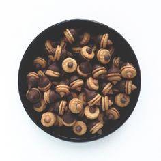 PB Chocolate Acorns by madisonbakes: Easy. #Treats #Acorn #PB #Chocolate