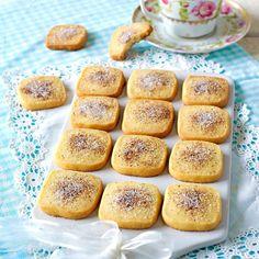 Kanelkakor Bagan, Kitchen Recipes, Wine Recipes, Swedish Cookies, Cinnamon Biscuits, Gluten Free Vegetarian Recipes, Cinnamon Recipes, Sandwich Cake, Christmas Snacks