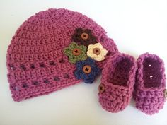 Crochet Baby Hat Crochet Baby Shoes Baby Booties by PoochieBaby, $20.00