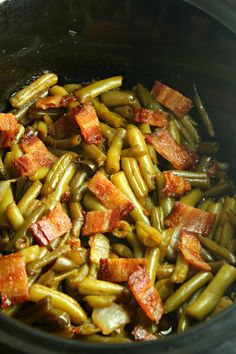 Slow Cooker Buttery Bacon Green Beans are an outrageously delicious side dish that is ultra easy to make, yet results in the most incred. Crockpot Green Beans, Green Beans With Bacon, Green Beans And Potatoes, Crockpot Veggies, Green Beans Slow Cooker, Recipe For Green Beans, Slow Cooked Green Beans, Cooking Green Beans, Side Dish Recipes
