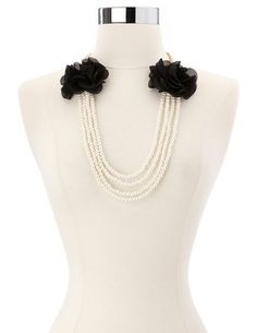 Chiffon Blossom Pearl Necklace: Charlotte Russe $6.00