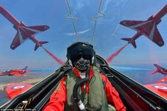 These stunning pictures, captured by air-to-air photographer Katsuhiko Tokunaga show the Red Arrows flying in formation above RAF Akrotiri in Cyprus Red Arrow Plane, Raf Red Arrows, Air Fighter, Fighter Jets, South African Air Force, Aerial Acrobatics, Fear Of Flying, Blue Angels, Royal Air Force