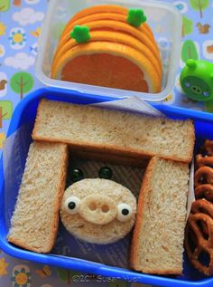 Bento ~ Bear Burgers and an Easy Angry Birds