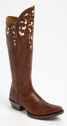 Love the design on the top of this boot http://rstyle.me/n/eb3vfnyg6